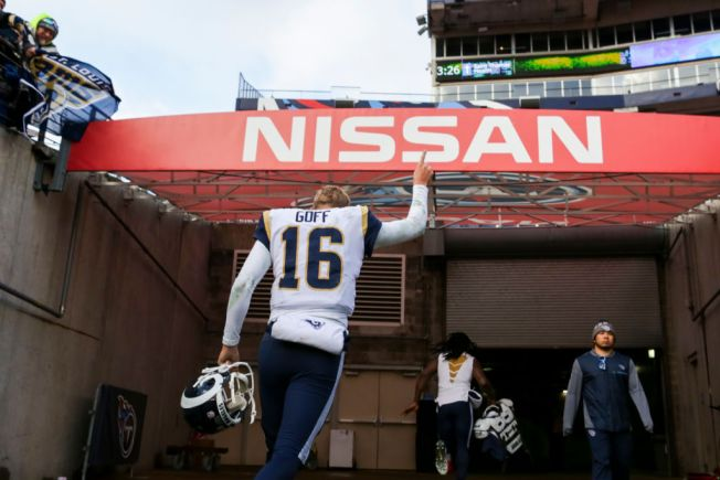 Christmas Comes Early as Rams Clinch NFC West With 27-23 Win Over Titans