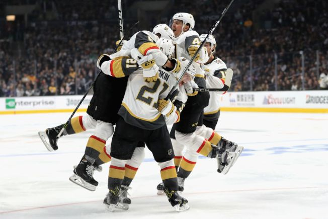 Viva Las Vegas! Golden Knights Take 3-0 Series Lead Over L.A. Kings After 3-2 Win in Game 3