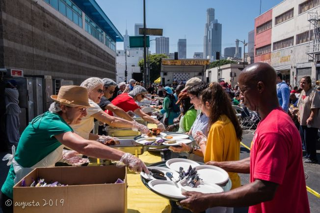 Midnight Mission Provides Services to Skid Row Community