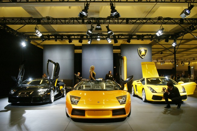 Lamborghini-Dealer-to-the-Stars Closes in Orange County