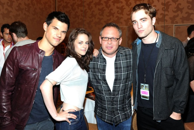 "Director Bill Condon Brings the Curtain Down on ""Twilight"""