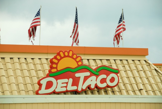 SoCal Del Taco Charges Customers Thousands of Dollars