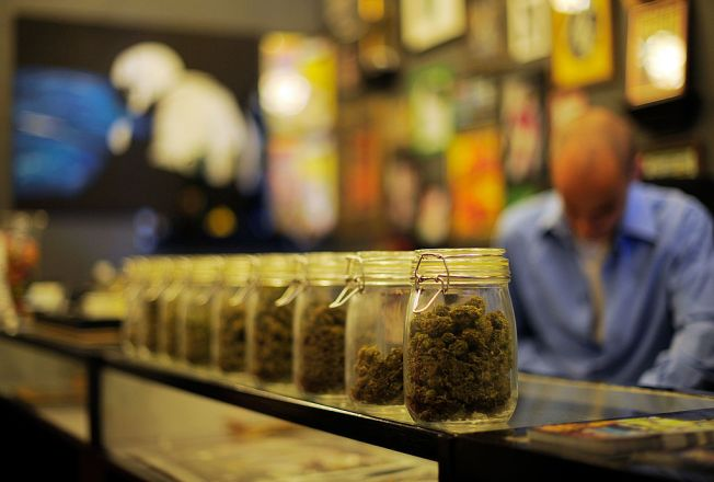 LA County Extends Marijuana Ban and Moves to Shut Down Dispensaries As Regulations Take Shape