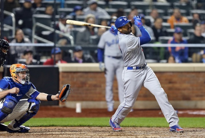 Lilly's Debut, Kemp's First Homer Obscured in Dodgers' Defeat