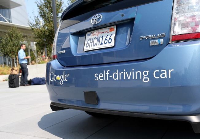 "California Mulls How to Regulate ""Driverless Cars"""
