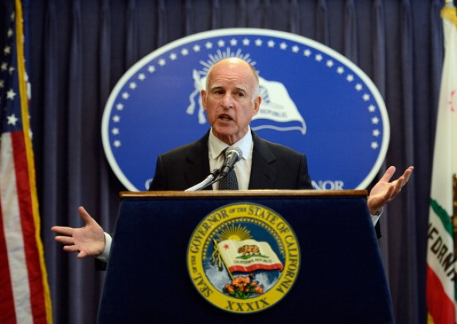 "Gov. Brown Goes to China to Search for ""Plenty of Billions"""