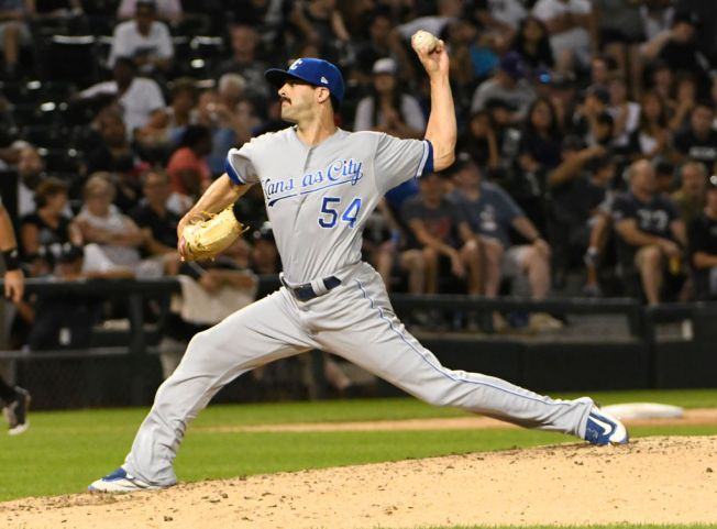 Royals trade relievers Soria, Alexander in three-team swap