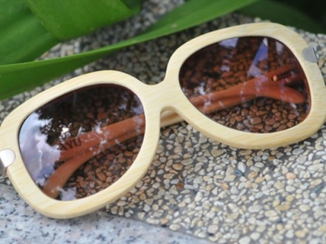 Chic Bamboo Sunglasses