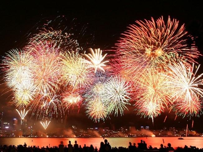 Big Bang: Fireworks Displays Around LA