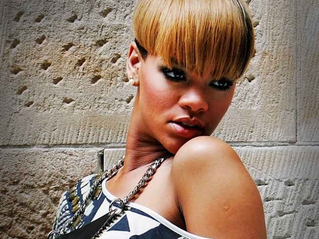 Rihanna Added to Lilith Tour