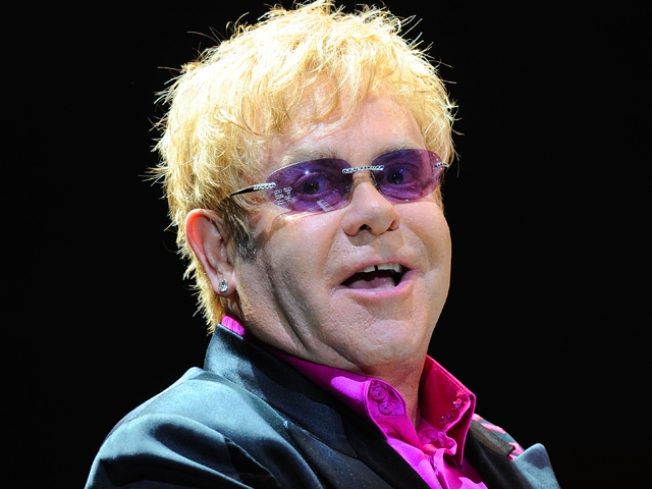 Sir Elton John to Perform Private Benefit Concert for Prop 8