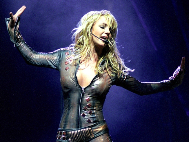"Michael Buble: Criticism of Britney's Lip-Synching Is ""Nasty"""