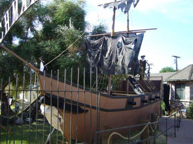 Pirate Ship Watch: Northridge Overrun By Pirates, Brits