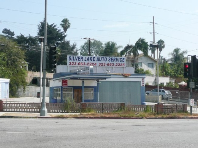 Deadline Looming for Silver Lake Gas Station