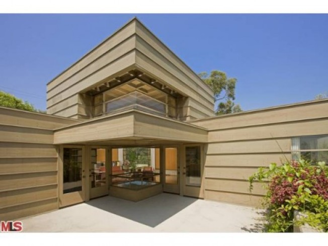New To Market: Schindler's How House In Silver Lake