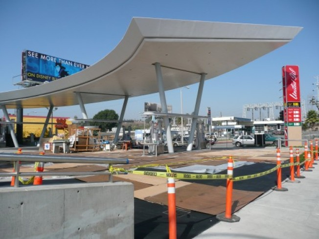 Kanner Architects' Futuristic Gas Station: Almost There?