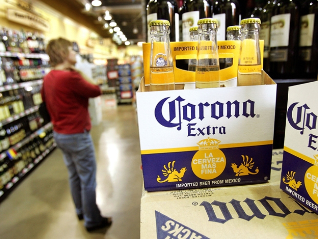 "Careful With Those Limes; Doc Warns of ""Mexican Beer Dermatitis"""