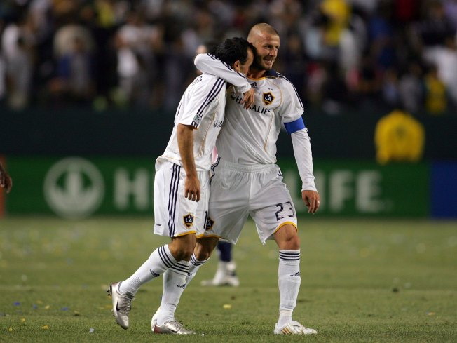 Donovan Admits He Should Have Talked to  Beckham