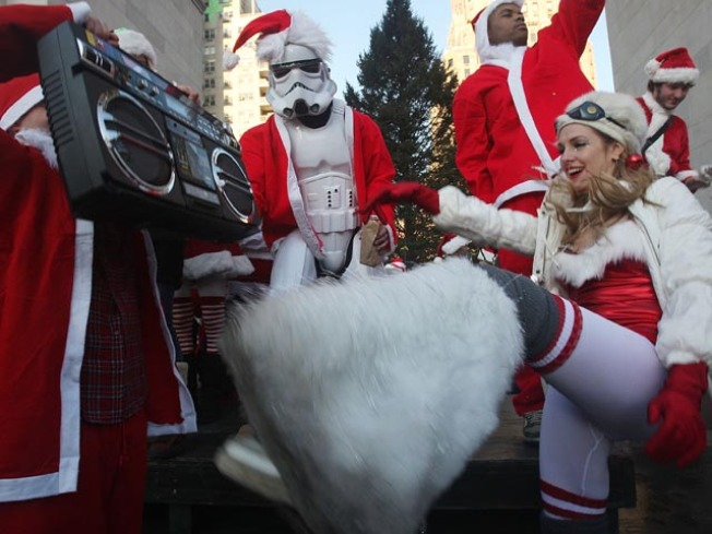 Grab Your Santa Suit; LA Hosts Santacon, Santarchy