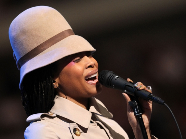 "Erykah Badu's ""Window Seat"" Video Draws Controversy & Potential Police Action"