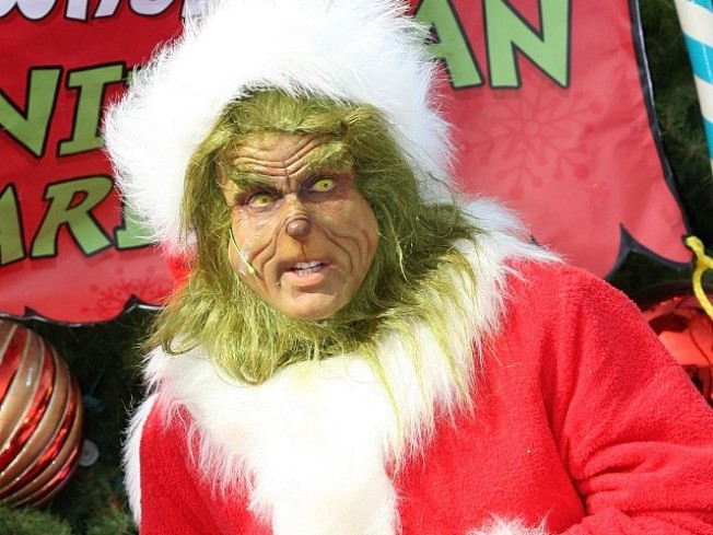 Stephen Moyer, the Grinch and You