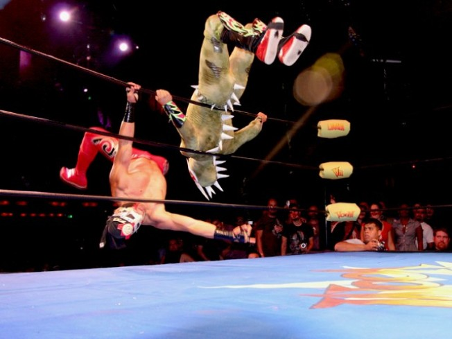 Lucha VaVOOM Leaping Ropes at the Mayan