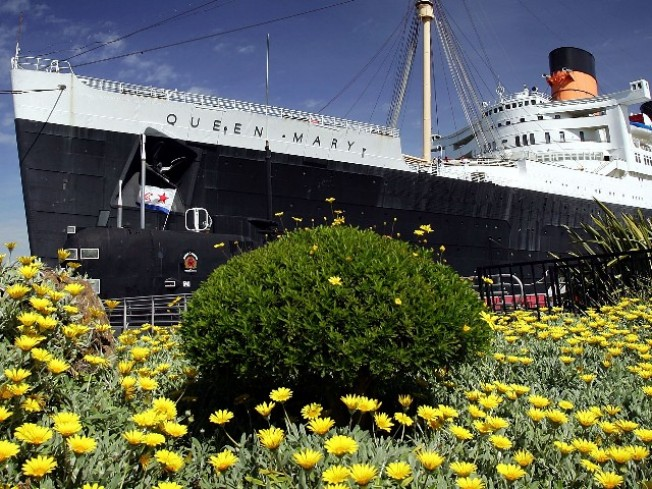 Earth Hour at the Queen Mary