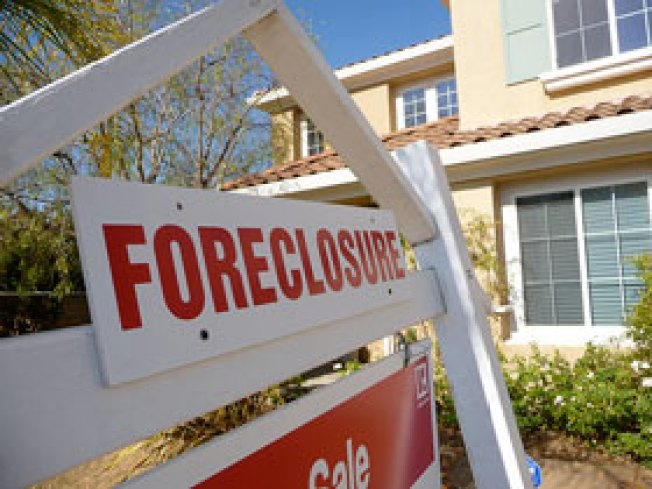 Vandals Cause $200,000 in Damage to Foreclosed Home