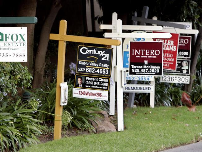 SoCal Home Prices Drop Nearly 35 Percent