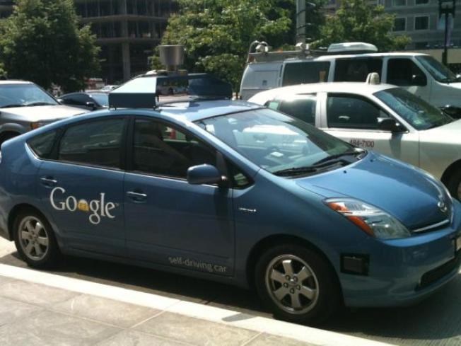 5 Things to Know About Google's Self-Driving Cars
