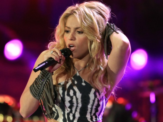 Shakira, Black Eyed Peas Rock World Cup Kickoff Concert