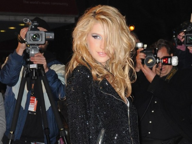 Ke$ha to Headline White Party