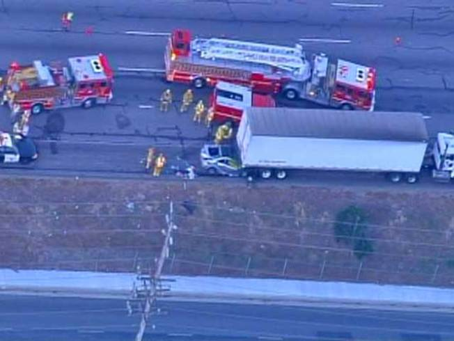 Lanes Closed for Fatal Crash Investigation on 101