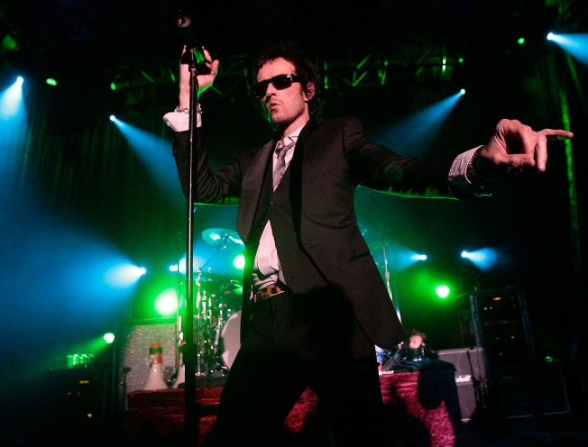 Scott Weiland Does Private Show, Debuts New Clothing Line