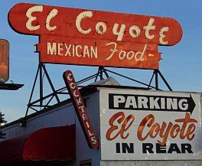 El Coyote Check-In, Patrick's Reopens