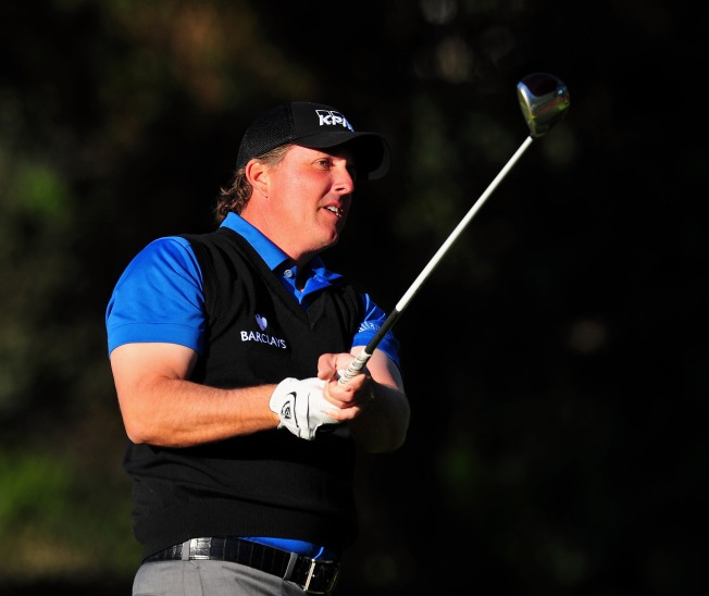 Mickelson Is Back, Leads After First Round At Riveira