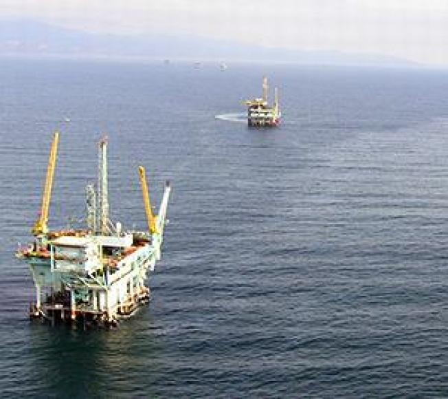 Oil Spill Off California Reminder of Offshore Drilling Danger