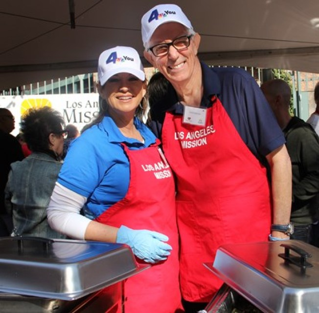 NBC4 Anchor Colleen Williams and Weathercaster Fritz Coleman Serve Thanksgiving Meals to Homeless