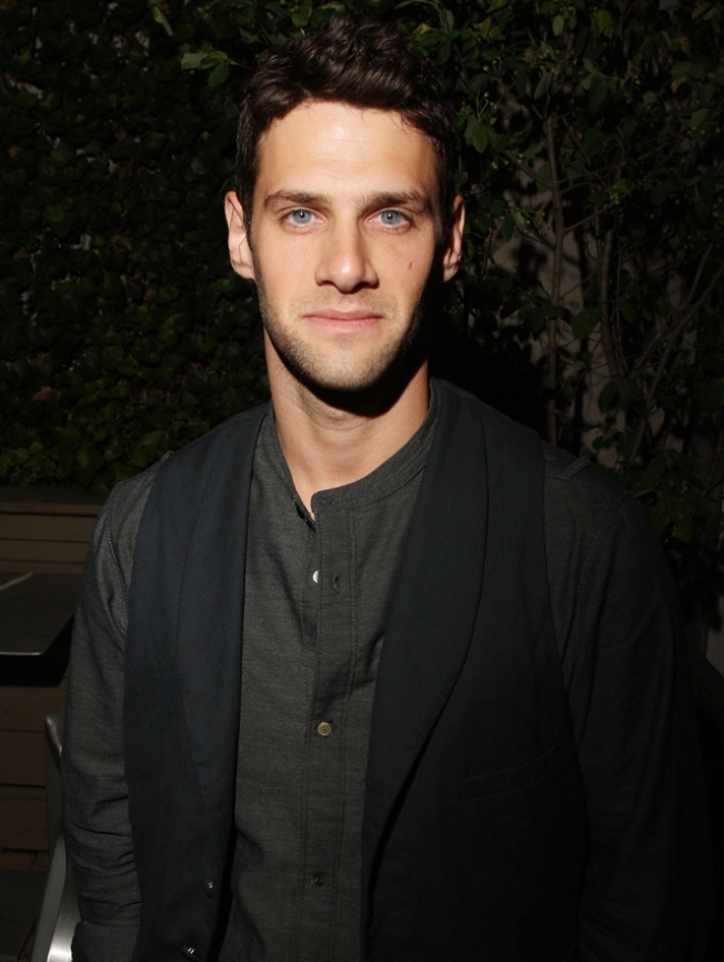 "Justin Bartha Heading From ""Hangover"" to Broadway"