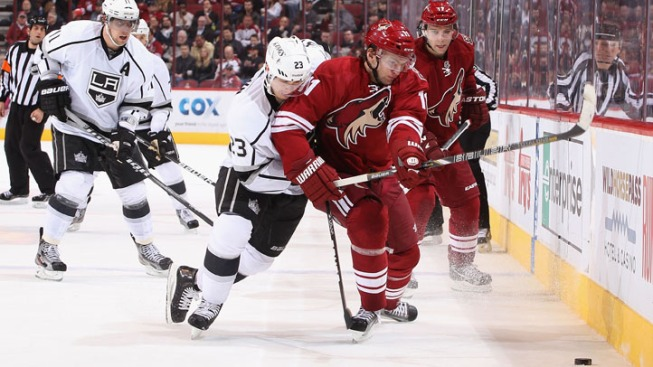 Kings Beat Coyotes, 4-2