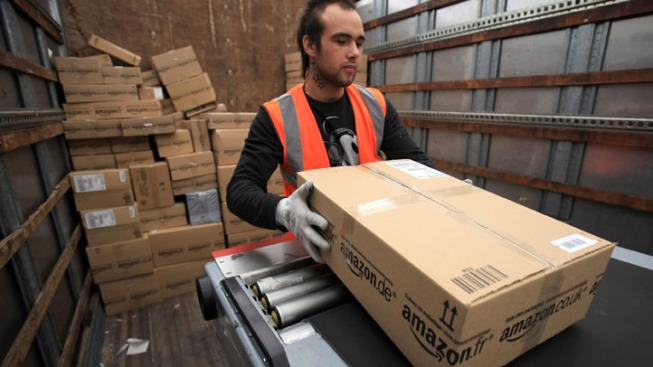 Holiday Deadlines Loom for Online Shipping