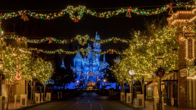 It's Glow Time for Disneyland's Big Holiday Fun