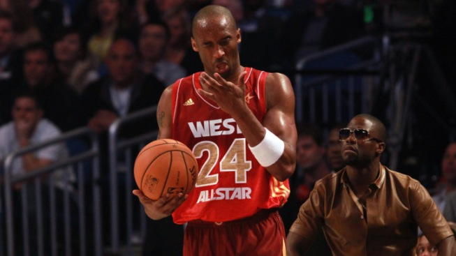 """Laker Kobe Bryant """"Doing Great So Far"""" After Concussion"""