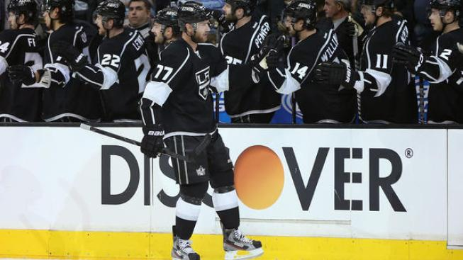 Kings Stun Sharks, Take 2-0 Lead