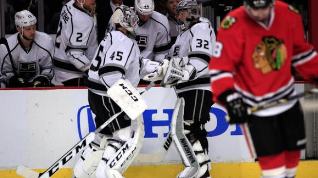 Early Goals Sink Kings as Hawks Take 2-0 Series Lead