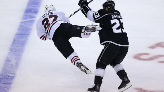Kings Beat Blackhawks, Cut Deficit to 2-1