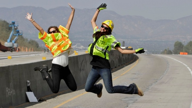 Opening: 405 Northbound Carpool Lane