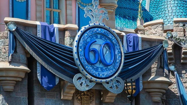 Disneyland's 60th: Big Crowds for Limited Pin