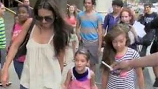 "Suri Cruise Called a ""Little Brat"" (and Worse) by Photog After 7-Year-Old Tells Paparazzi to ""Stop It"""