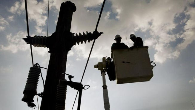 SCE Customers Getting Power Back